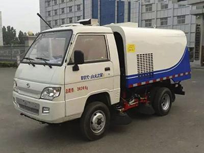 福田时代小型扫路车